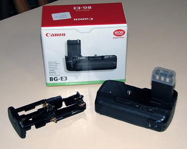 Canon 400D Battery Grip - Acquired with the camera 27/03/2010   I imagined that this would be a useful addition for extending battery power. It however adds quite a bit of weight for the telescope focuser to carry and so has been seldom used in my Astrophotography endeavours.